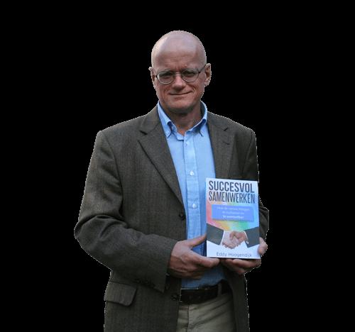 Eddy Hoogendijk met book Succesvol Samenwerken